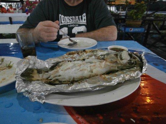 Kruvit Raft: BBQ fish
