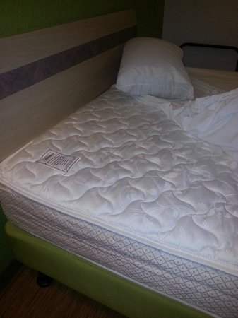 Motel 6 Tumwater - Olympia: New Mattresses finally!