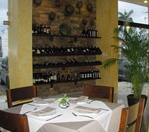Osteria Piccoli: gran variedad de vinos italianos