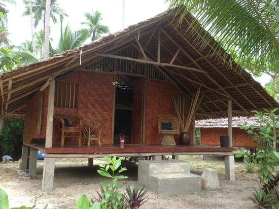 Mutiara Beach Guesthouse: Pandok