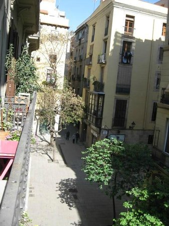 Casa Marcelo Barcelona: View of square below from Balcony room