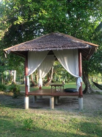 Mutiara Beach Guesthouse: Seating arrangement