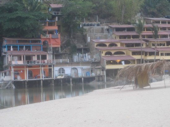 MiraMar Yelapa: just some casa's near the beach