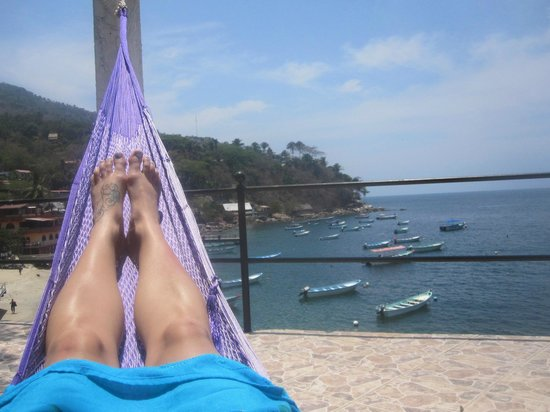 MiraMar Yelapa: Perfect afternoon nap location on the patio