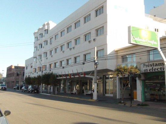 Fachada - Picture of Hotel Tolosa, Puerto Madryn - Tripadvisor