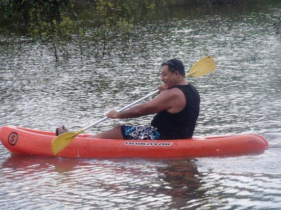 Amazon Rainforest Lodge: Kayac en el rio