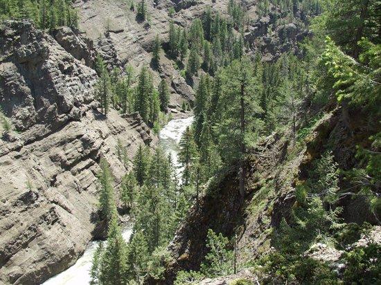 Rainbow Hot Springs: Rainbow Trail