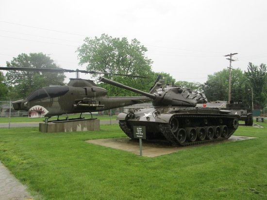 Illinois State Military Museum: In front of Parking lot