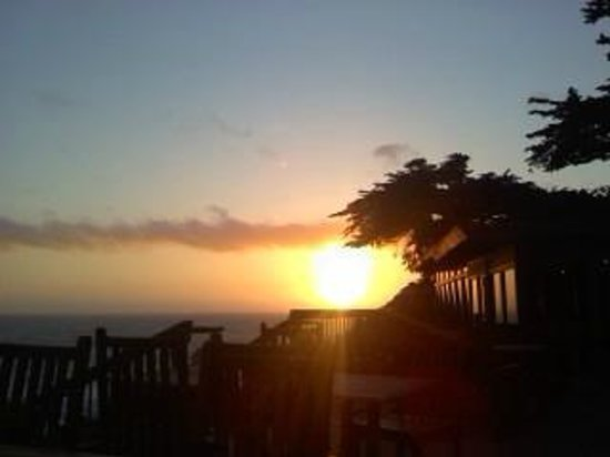 Rocky Point Restaurant : Rocky Point Sunset May 2013