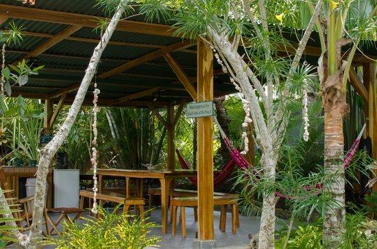 Villas Oasis: Outdoor Dining Area