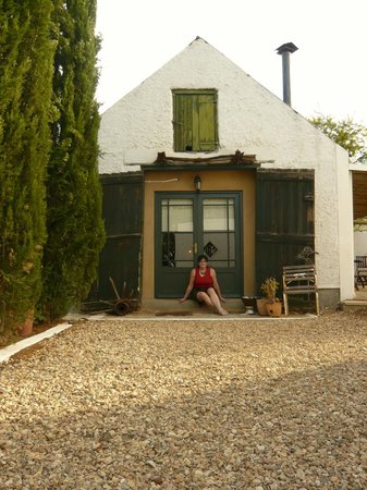 Dennehof Karoo Guesthouse: Front/entrance of the Wagon Shed unit