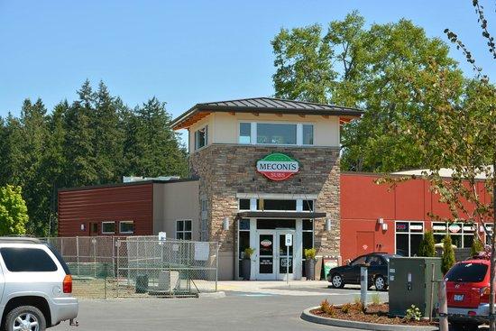 Lacey, WA: Meconi's Hawks Prairie location