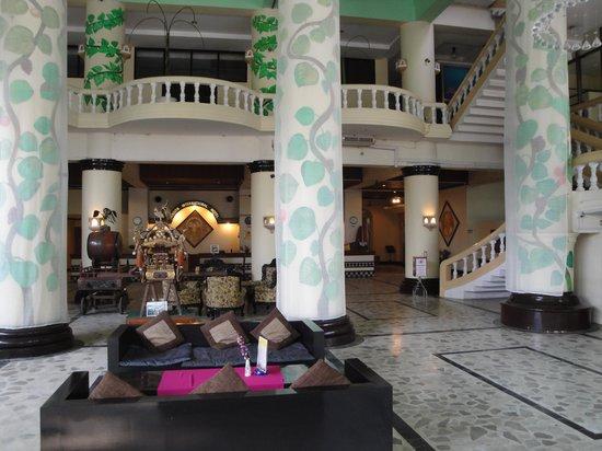 Yangon International Hotel : lobby