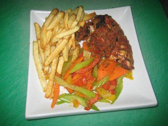 Diaz Restaurant: Chicken Fricase