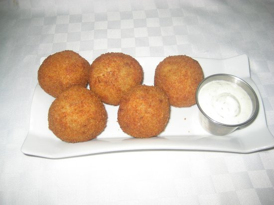 Diaz Restaurant: Papas Rellenas (Potato and meat ball)