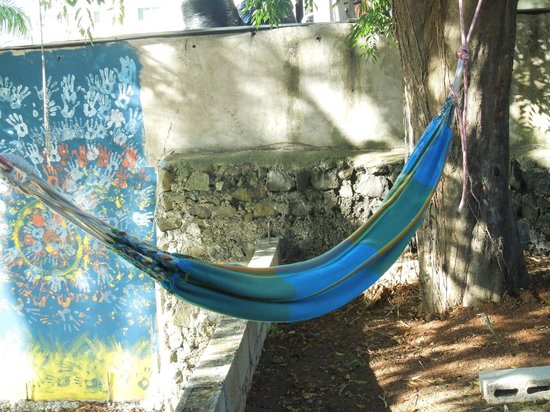 Autograph Lodge: Blue hammock
