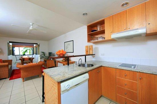 Sheraton Denarau Villas: Kitchen