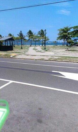 Hotel Bahia Subic: View across the Inb