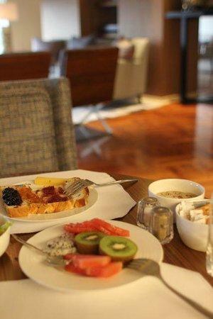 レ・スイート・オリエント外灘上海(東方商旅外灘), 朝食もおいしいです