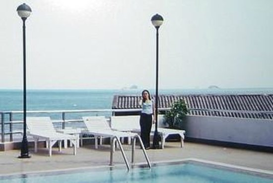 Hua Hin Blue Wave Beach Resort: pool