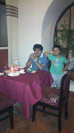 Grand Hotel Kathmandu: maharaja restaurant