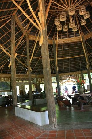The Cliff & River Jungle Resort : Lobby