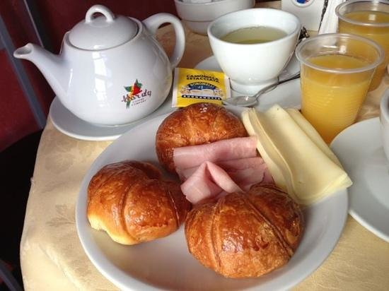 Hotel Stazione: delicious breakfast