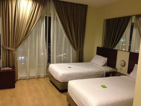 Tune Hotel Kota Damansara: Spacious Double Bed