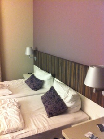acom Hotel Nürnberg: Twin room