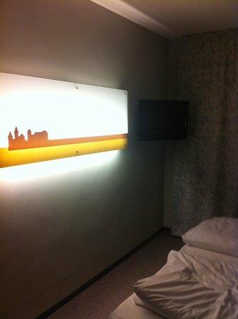 """acom Hotel Nürnberg: """"Monumental"""" light"""