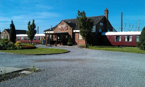The Sidings Hotel: Hotel and grounds
