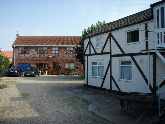 Bramley House Bed & Breakfast : The set of two guest houses at Bramley's.