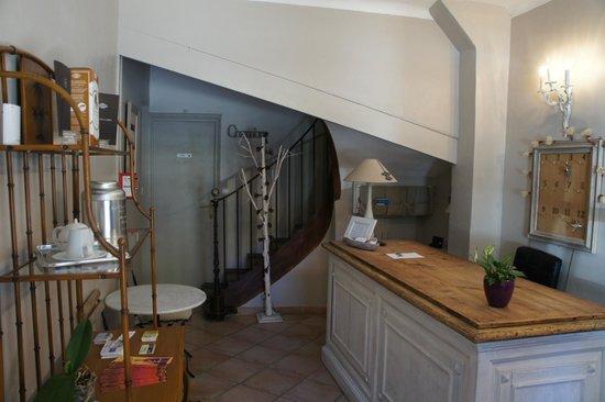 Hotel La Bona Casa : LA RECEPCION