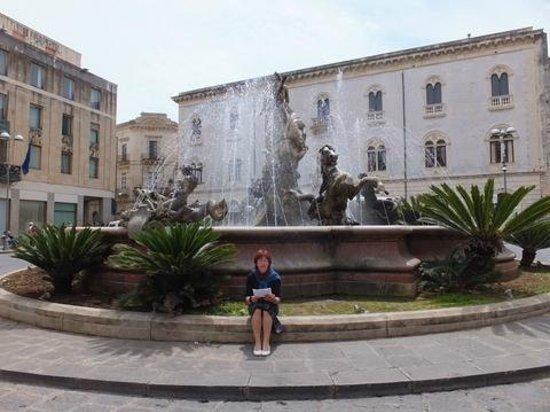 Fountain of Diana: Erfrischende Pause bei 30 Grad
