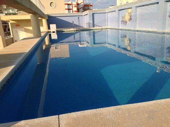 Hotel Mainake : Pool at Mainake