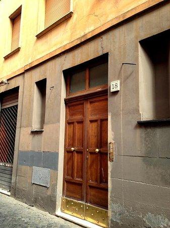 B&B Prestige: exterior building