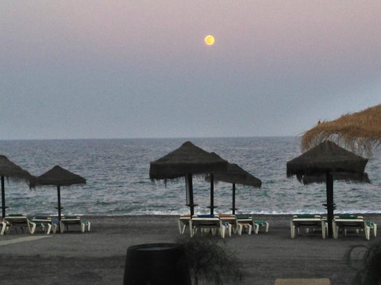 Hotel Mainake : Local Beach Torre Del Mar