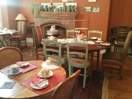 La Chatellenie : salle du petit déjeuner