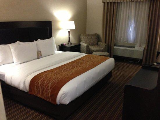 Comfort Inn Millersburg : Standard King