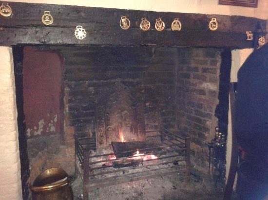 The Crown At Hopton: Lovely Welcome Fire