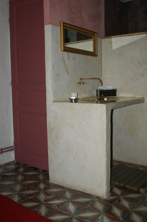 La Pousada: Wash basin