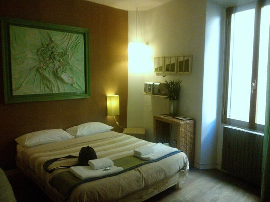 BBH Bed and Bed House Firenze: Camera Verde