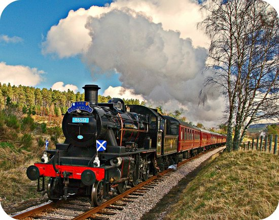 Strathspey Railway : Steam Through The Stunning Scottish Highlands