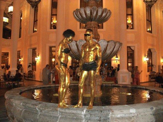 Hotel Riu Palace Punta Cana : mad staff