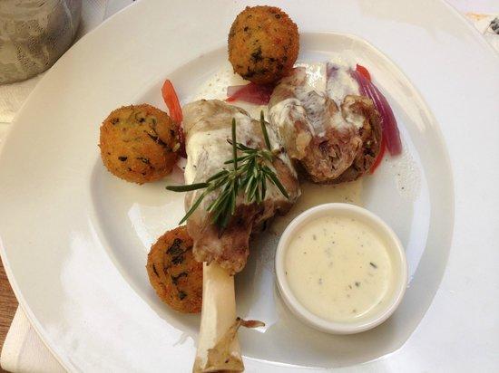 Szara  Kazimierz : lamb with potato krokiety