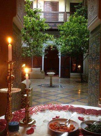 Riad Samsara: Dinner by candlelight
