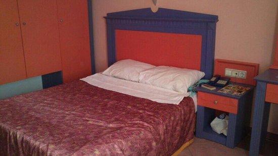 Hotel Drop: My room