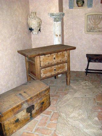 Casa de Sefarad: Piezas de mobiliario