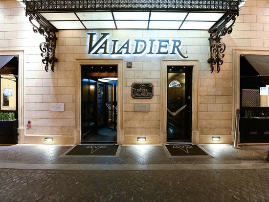 Photo of Hotel Valadier Rome