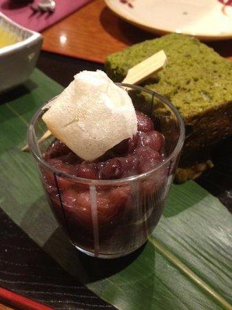 Sono Japanese Restaurant Central City: red bean desert and green tea cake